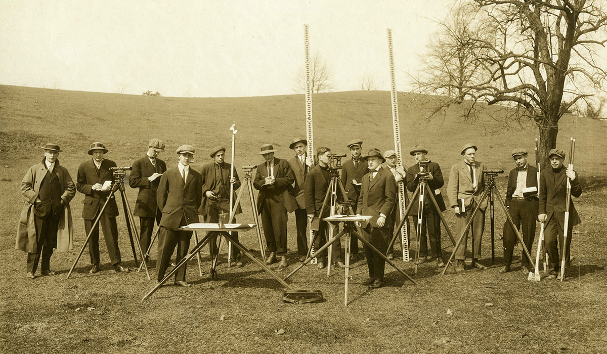Civil engineer students from 1919