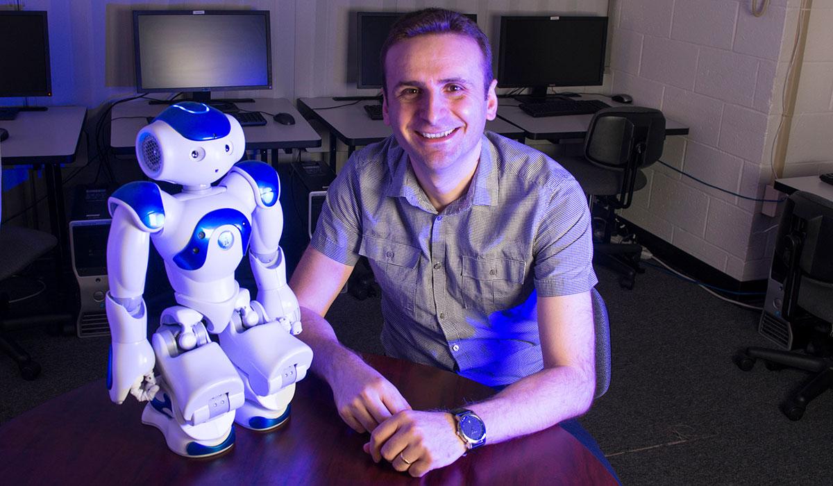 Robot and Plaku